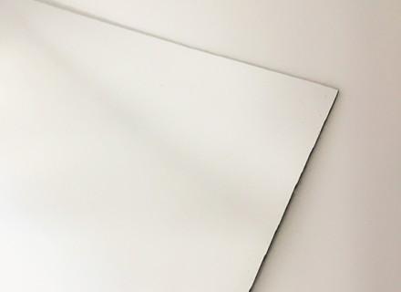 Антиабразивный зеркальный монолитный поликарбонат IRReflection НСМR 011, серебро 2 мм