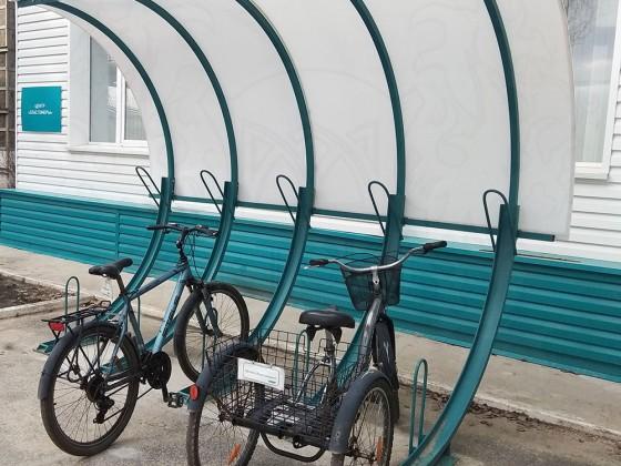 Велопарковка 45 градусов с навесом, 5 мест с покрытием из сотового поликарбоната